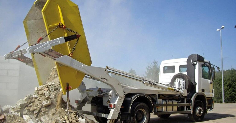 Особенности организации вывоза строительного мусора и грунта